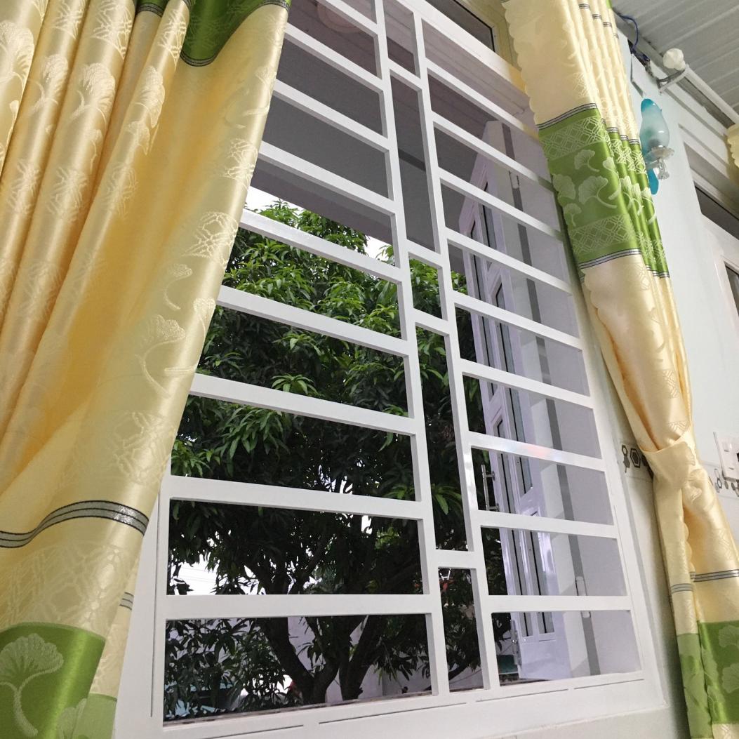 Cửa sổ trong mỗi phòng nghỉ